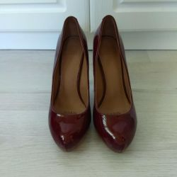 Mascotte shoes in perfect condition