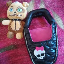 Мягкая игрушка Монстер Хай.в комплекте с сумкой