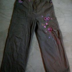 Pantaloni cool pentru o fată timp de 6 ani