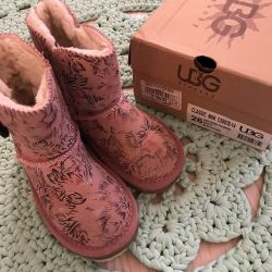 Baby UGG, 26 size