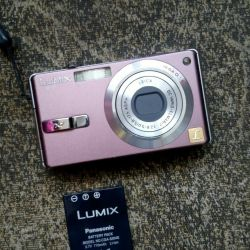 Panasonic Lumix DMC-FX7 Camera