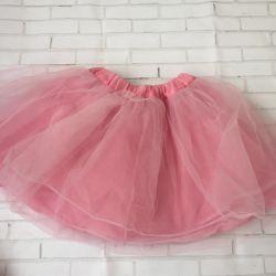 Lush skirt of tulle
