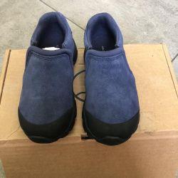 Pantofi de pantofi noi