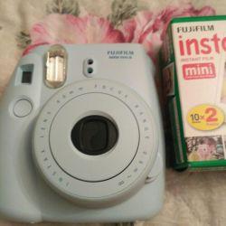New Instax mini 8 + camera cartridge