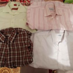 Пакет школьных рубашек. Хороших фирм. И состояния