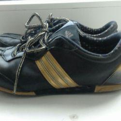 Sneakers leather original. 37r.