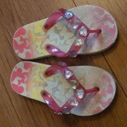 Beach shoes for girl