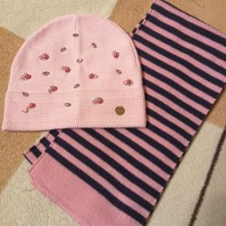 New very beautiful hat for a girl + scarf