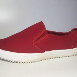 new red sneakers 35 size