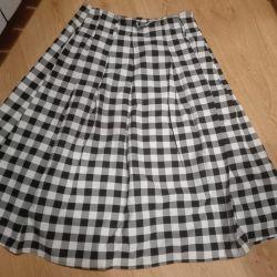 Skirt new size 48-50