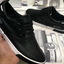 Yeni erkek spor ayakkabı ecco