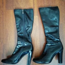 I sell demi leather boots