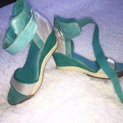 Sandals / Sneakers 39