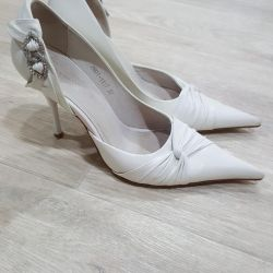 Düğün ayakkabısı. Natur. deri