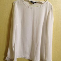 Alb bluză albă
