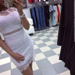Φόρεμα με δαντέλα ❤️42-44