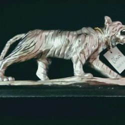 Statuette of the famous brand