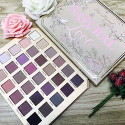 Large palette of shadows Too Faced NATURAL LOVE