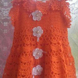 Платье вязаное на девочку