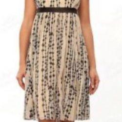 Νέο όμορφο νυφικό φόρεμα για νύφη