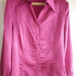 Блуза р.52.