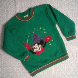 Mickey Mouse ile sıcak sweatshirt