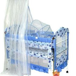 Αρένα κρεβατιού ένα μετασχηματιστή με μια βάση