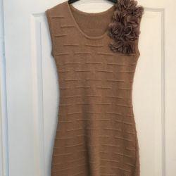 Yeni örme kum elbise