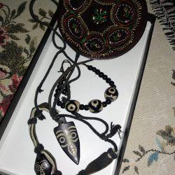 African beads, bracelet, dish