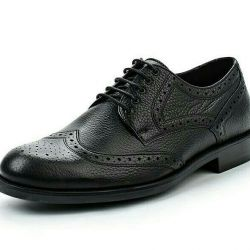 Shoes genuine leather.