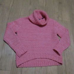 Sweater for girls.