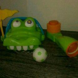 Веселая игра ( выбей зуб крокодилу)