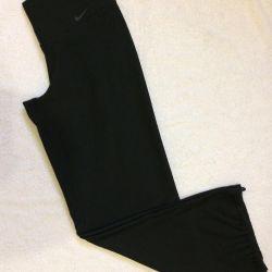 Pantaloni noi Nike