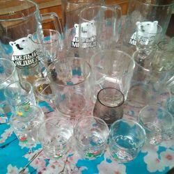 Tableware in bulk: glasses, glasses, mugs
