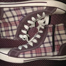 Uptown New Sneakers (38)
