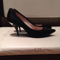 GE Black GEOX Stiletto Heels Italy 🇮🇹 38