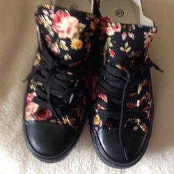 Ανδρικά παπούτσια μέγεθος 40 νέο