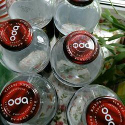 Vânzarea sticlelor de sticlă cu capacul de 1 litru