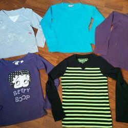 Blouses, sweatshirts 130-140cm.