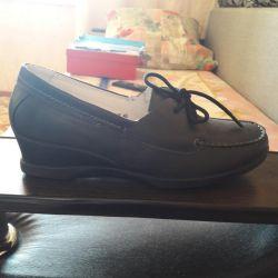 Натур.туфли новые