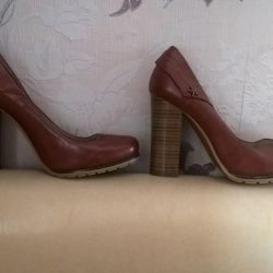 New shoes 37