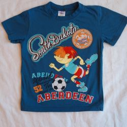 T-shirt 95-100 cm, 2.5-3.5 l, in excellent (2 pieces)