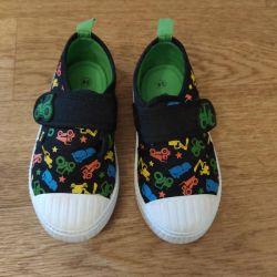 Αθλητικά παπούτσια 24 r