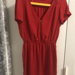 Πουλήστε ένα μικρό φόρεμα 42
