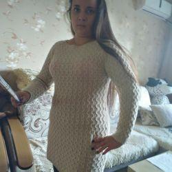 Ζεστό μακρύ πουλόβερ