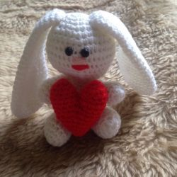 Toy knitted Bunny
