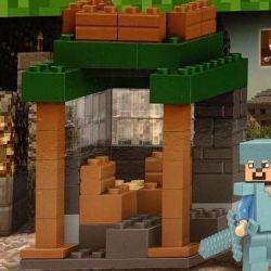Νέος σχεδιαστής Minecraft Steve στη θωράκιση Minecraft
