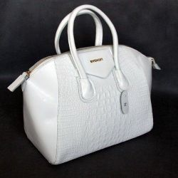 Givenshy bag