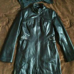 Kapaklı deri ceket s. 42-44