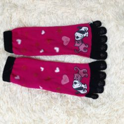 socks with fingers